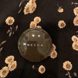 Becca mini pressed highlighter